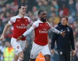 """Arsenal 2-0 Southampton: """"Pháo thủ"""" trở lại tốp 4"""