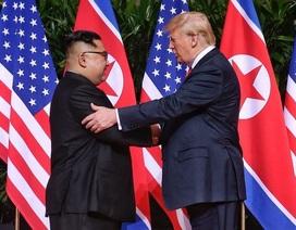 Những hoạt động ngoại giao đầu tiên của ông Kim Jong-un chinh phục thế giới