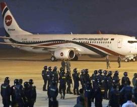 Máy bay Bangladesh chở gần 150 người hạ cánh khẩn cấp vì không tặc