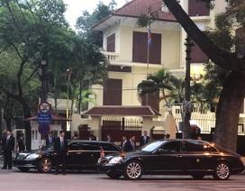 Ngắm cặp đôi xe Mercedes-Benz và Maybach chở anh em Chủ tịch Kim Jong-un