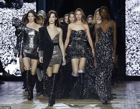 Bella Hadid sải bước quyến rũ và cá tính