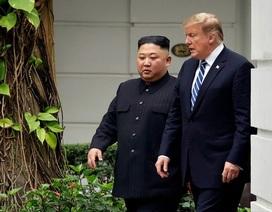 """Cuộc gặp thượng đỉnh """"xoay như chong chóng"""" của lãnh đạo Mỹ - Triều"""