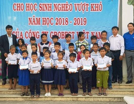 Grobest Việt Nam trao 100 suất học bổng đến học sinh nghèo ở Đồng Tháp