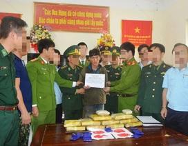 Tóm gọn đối tượng người Lào mang 60.000 viên ma túy vào Việt Nam