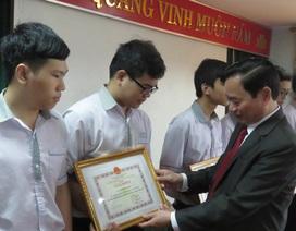Lần đầu tiên Quảng Bình có 4 học sinh vào đội dự tuyển Olympic Toán quốc tế 2019