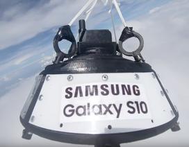 """Samsung """"cho"""" Galaxy S10 bay đến tầng bình lưu để chụp trái đất"""