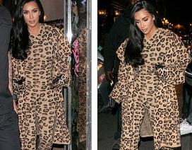 Kim Kardashian bị chê khi mặc nguyên cây đồ da báo