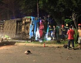 Thông tin bất ngờ về vụ lật xe khách nhiều người mắc kẹt