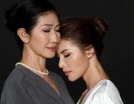 Chia sẻ rớt nước mắt của siêu mẫu Minh Tú về mẹ nhân ngày 8/3