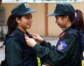 """Những """"bông hồng thép"""" của Cảnh sát đặc nhiệm Hà Nội"""