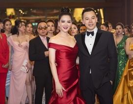Hai Hoa hậu Đinh Hiền Anh, Hà Kiều Anh cùng đọ dáng toả sắc