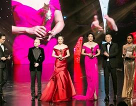 Hoa hậu Kỳ Duyên, Đinh Hiền Anh và doanh nhân Stella Chang đoạt giải trong đêm hội chân dài 12