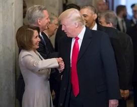 Tổng thống Trump cảm ơn Chủ tịch Hạ viện Mỹ vì không chủ trương luận tội