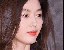 """Gương mặt đẹp không góc chết của """"cô nàng ngổ ngáo"""" Jeon Ji Hyun"""