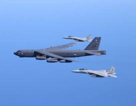 Mỹ điều B-52 tới gần đảo tranh chấp trên Biển Đông lần thứ hai trong 10 ngày