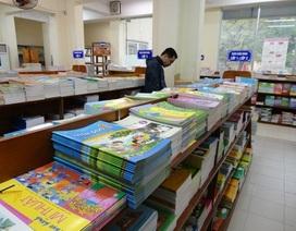 """Bị """"tuýt còi"""" tăng giá sách: Nhà xuất bản Giáo dục trần tình kêu lỗ đã nhiều năm?"""