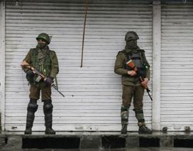 Quân nhân Ấn Độ bắn chết 3 đồng đội, căng thẳng tại Kashmir chưa hạ nhiệt