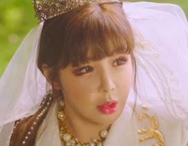 Park Bom nghẹn ngào khi nhắc đến nhóm 2NE1