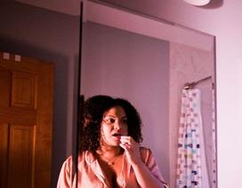 Có nên cạo lưỡi hàng ngày không?
