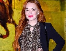 Lindsay Lohan lộ vẻ ngoài già nua đáng kinh ngạc