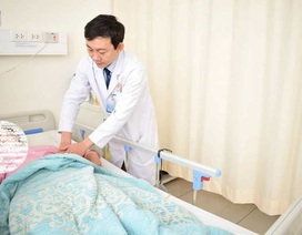 Nữ bệnh nhân mang khối u thận to bằng quả bưởi
