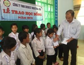 120 suất học bổng Grobest Việt Nam được trao cho học sinh nghèo tỉnh Lâm Đồng