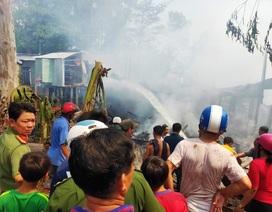 10 căn nhà ở vùng biên giới bị lửa thiêu rụi