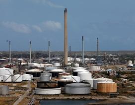 Mỹ kêu gọi doanh nghiệp toàn cầu cô lập ngành dầu mỏ Venezuela