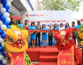Vietbank Chi nhánh Bắc Sài Gòn tưng bừng khai trương, ngập tràn quà tặng
