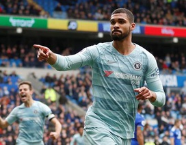 """Cardiff 1-2 Chelsea: Thắng trận nhờ """"bàn thắng ma"""""""