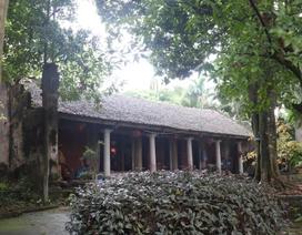 Cám cảnh ngôi chùa 300 tuổi dột nát, tượng nứt vỡ ở Hà Nội