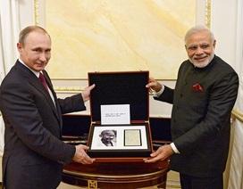 Phong cách ngoại giao đời thường của ông Putin