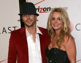 Chồng cũ Britney khen ngợi khi cô đi điều trị thần kinh