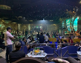 Cảnh sát đột kích quán bar, 150 dân chơi nhốn nháo