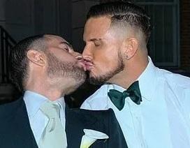Nhà thiết kế Marc Jacobs kết hôn với bạn trai đồng tính
