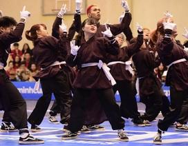 """SV Phương Đông nhảy """"cực đỉnh"""" chiến thắng Dance Battle, SV Thuỷ lợi vô địch Futsal"""