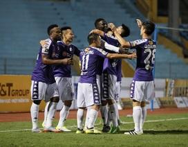 """Quang Hải """"khai hỏa"""", Hà Nội FC thắng đậm SL Nghệ An"""