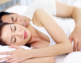 Tại sao các cặp đôi nên âu yếm nhau sau khi quan hệ tình dục?