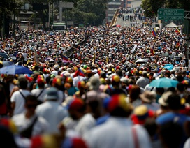 Biểu tình rúng động Venezuela, thủ lĩnh đối lập kêu gọi gây sức ép chưa từng có với chính quyền