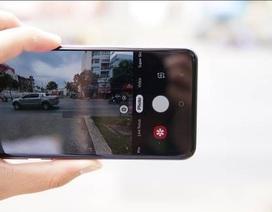 Đánh giá nhanh Galaxy S10e: Mạnh mẽ, vừa tay