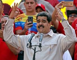 """Tổng thống Venezuela """"tố"""" đích danh Mỹ tấn công hệ thống điện"""