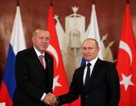 """Ông Putin cam kết chuyển S-400 cho Thổ Nhĩ Kỳ bất chấp """"tối hậu thư"""" của Mỹ"""