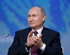 Tổng thống Putin: Lệnh trừng phạt càng thúc đẩy sự phát triển của Nga