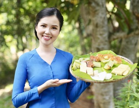 """Hoa khôi Huỳnh Thúy Vi dịu dàng làm """"đại sứ lễ hội bánh dân gian Nam Bộ"""""""
