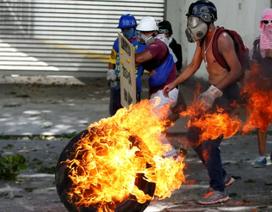 """Nga """"tố"""" Mỹ kích động khủng hoảng, gây thiệt hại hàng trăm tỷ USD cho Venezuela"""