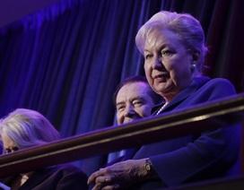 Chị gái ông Trump nghỉ hưu để thoát điều tra gian lận thuế
