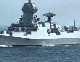 Hai tàu Hải quân Ấn Độ thăm cảng Cam Ranh