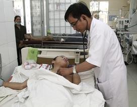 61 bác sĩ nộp đơn xin nghỉ việc vì... lương thấp, áp lực công việc cao