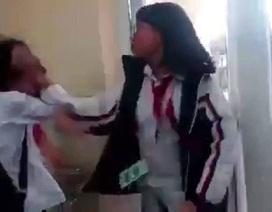 """Giáo dục tuần qua: Lộ diện phụ huynh """"gian lận"""" điểm thi; nóng chuyện dâm ô, bạo lực học đường"""
