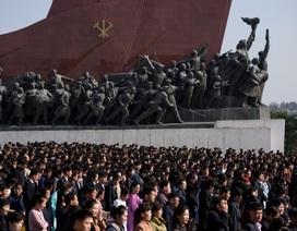 """Hàng chục nghìn người Triều Tiên nô nức chào mừng """"Ngày Ánh Dương"""""""